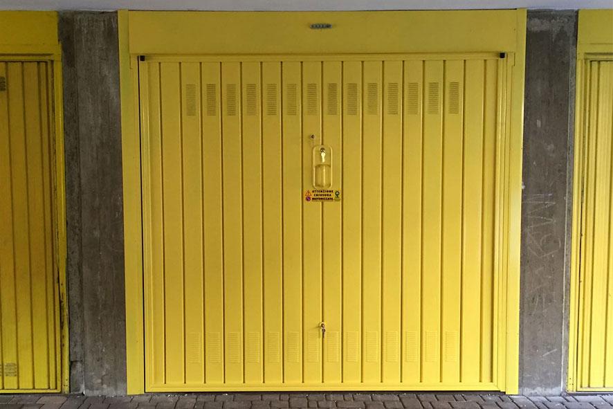 Immagini porte garage basculanti dal 1925 - Porte garage basculanti prezzi ...