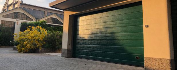Porte sezionali dalla fabbrica